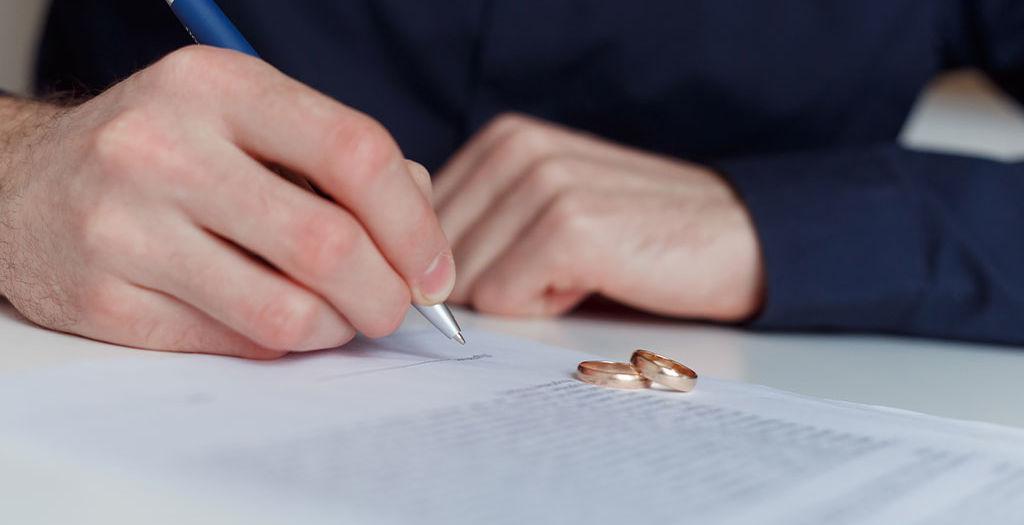 Diese Fehler sollten Sie bei einer Scheidung vermeiden!